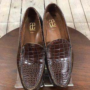 EUC 12D Croc Embossed ALLEN EDMOND Loafers Slip on